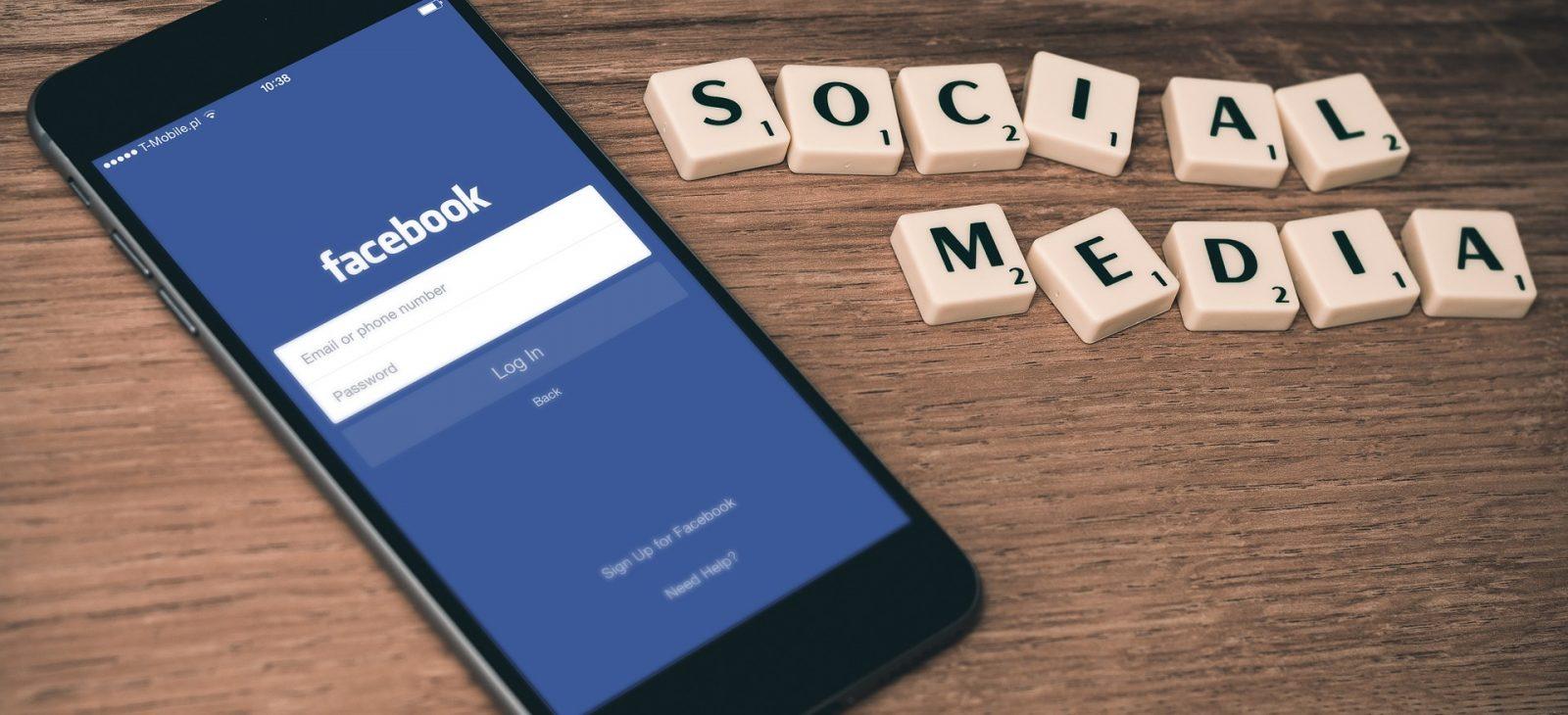 cena-reklamy-na-facebooku